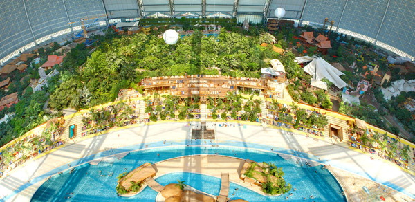 Panoramic view of Tropical Islands